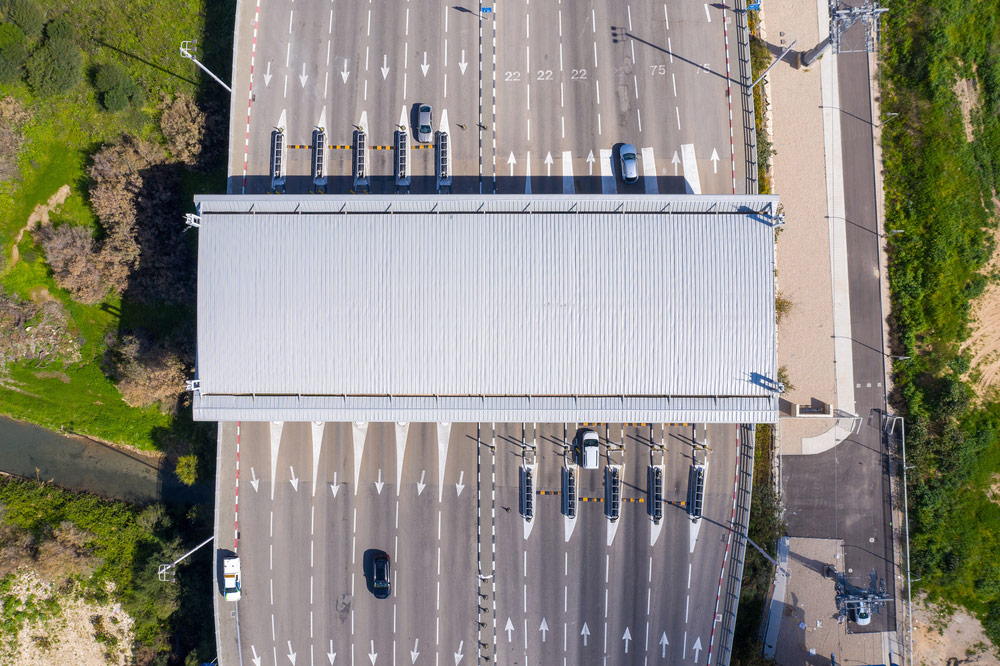 Pobór opłat drogowych – bramki na autostradzie - e-tollgps.pl